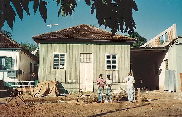 Foto da Estofaria Treter nos anos 1970